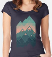 Geometric Mountains Women's Fitted Scoop T-Shirt