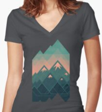 Geometric Mountains Women's Fitted V-Neck T-Shirt