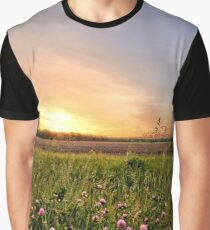 Clover Sunrise Graphic T-Shirt