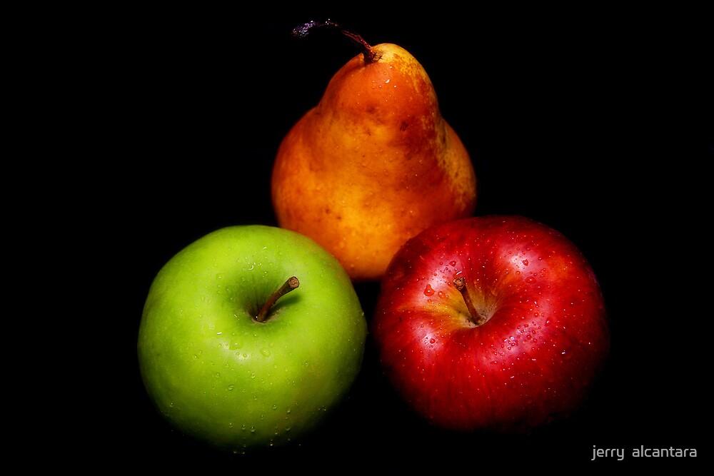 Pear & Apples by jerry  alcantara