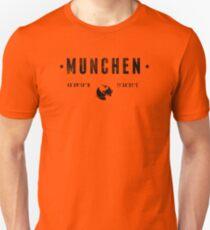München geographic coordinates T-Shirt