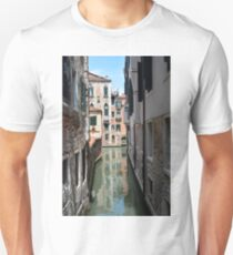 Picturesque buildings facing a Canal in Venice, Italy Unisex T-Shirt