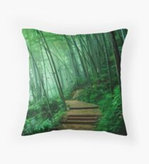 Back into the forest Throw Pillow