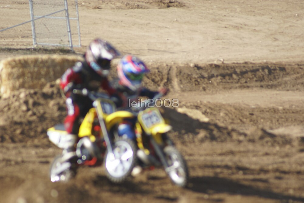 Loretta Lynn SW Area MX Qualifier Mini Blurr - Collision Pushing my thru the turn @ Competitive Edge MX Hesperia, CA, (305 Views as of May 9, 2011) by leih2008