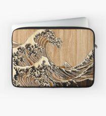 Die große Hokusai-Welle im Bambus-Inlay-Stil Laptoptasche