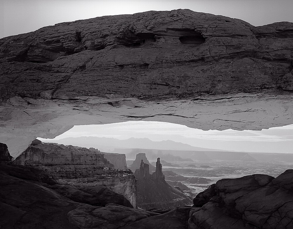 Mesa Arch Early Morning Canyonlands UT by halnormank