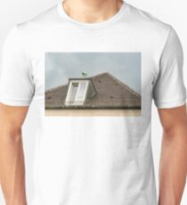 Munich Roof Charms - Kitty Cat Sculpture on a Dormer Unisex T-Shirt