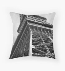 No. 11, La Tour Eiffel de Vegas Throw Pillow