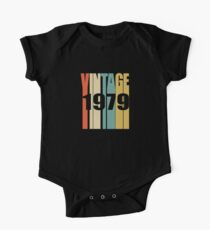 Vintage 1979 Birthday Retro Design Kids Clothes