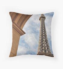 No. 39, La Tour Eiffel de Vegas Throw Pillow