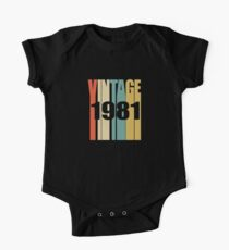 Vintage 1981 Birthday Retro Design Kids Clothes