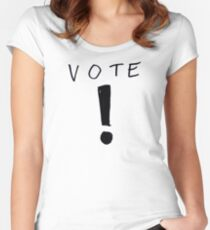 Voting Show The Comic Shirt Prize Women's Fitted Scoop T-Shirt
