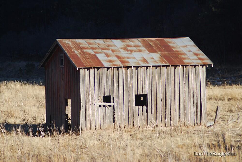 Old barn by DanTheBugleMan