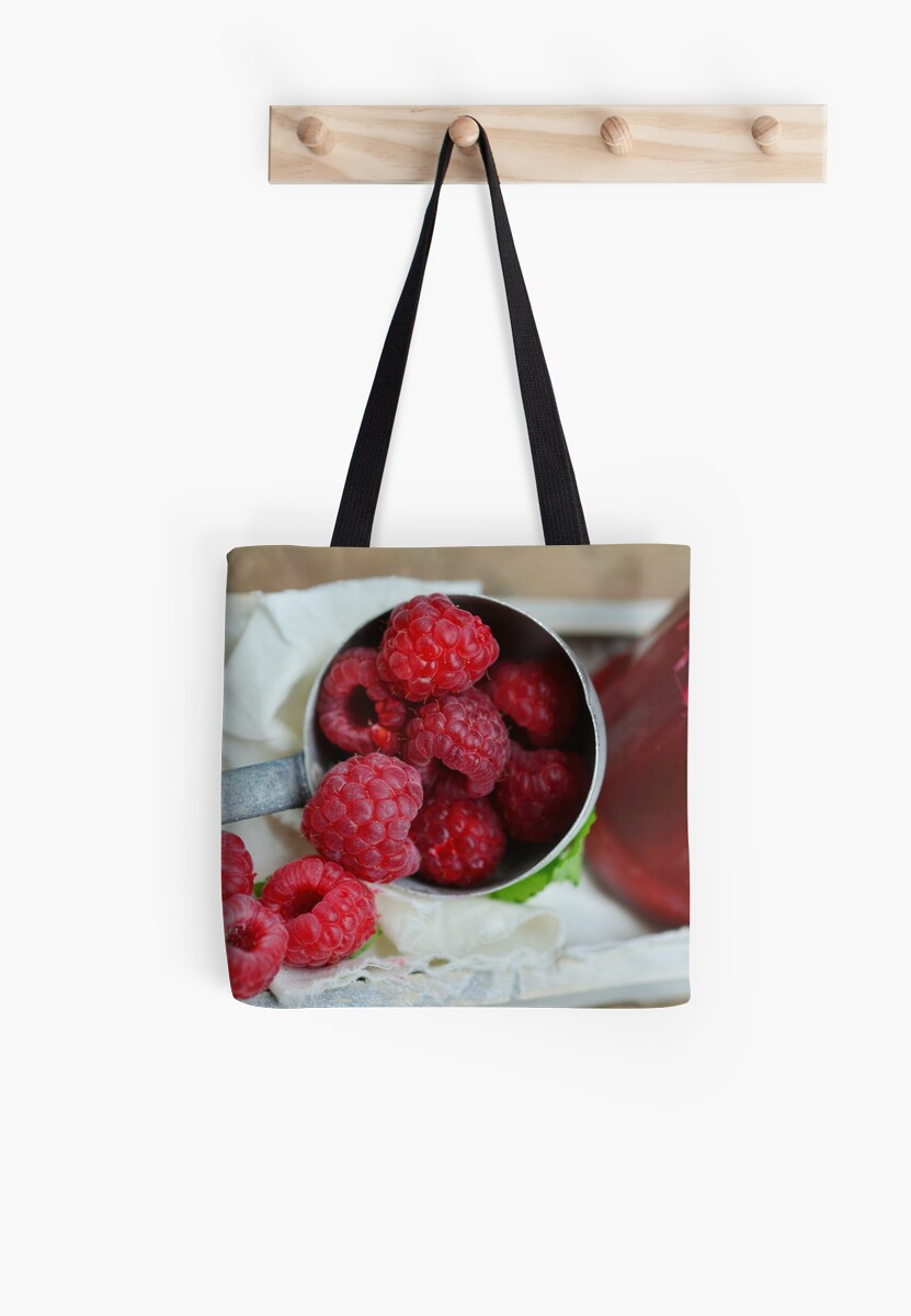 raspberries by Zzart