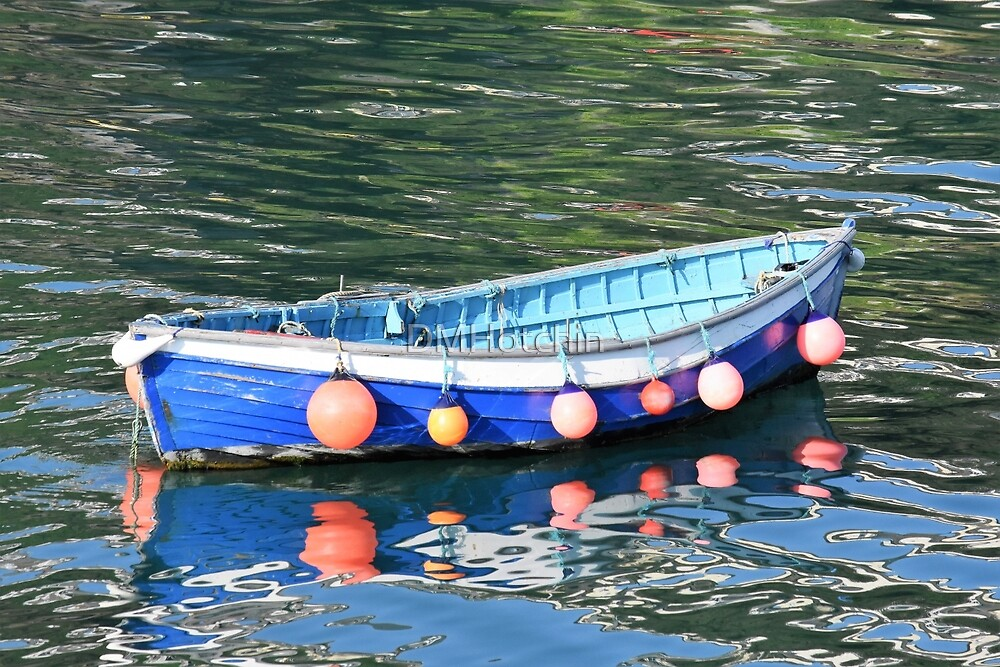 Fishing boat at Mevagissey by DMHotchin