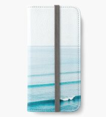 THE PERFECT WAVE iPhone Wallet/Case/Skin