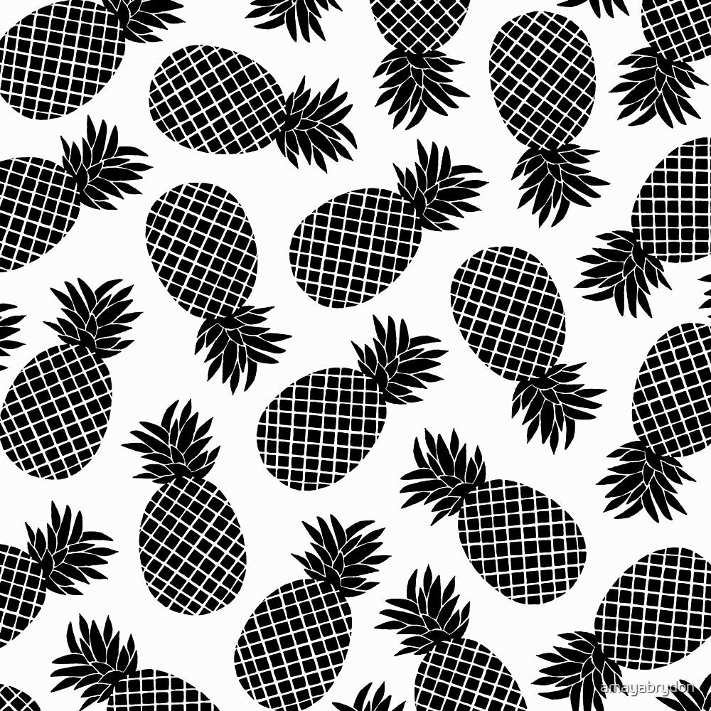 Pineapple In Black by amayabrydon