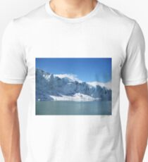 Jostedalsbreen glacier in Sogn og Fjordane, Norway T-Shirt