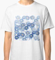 indigo dandelion pattern  Classic T-Shirt