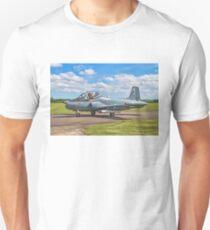 BAC 167 Strikemaster Mk82A 425 G-SOAF Unisex T-Shirt