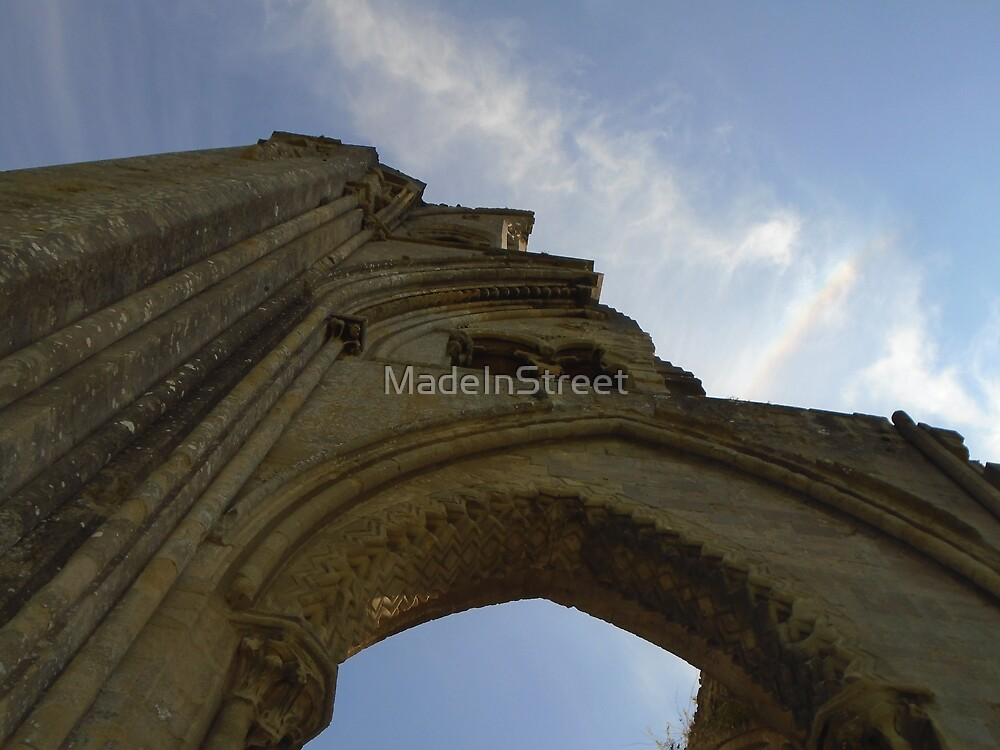 Glastonbury Abbey Ruins by Karen Chard