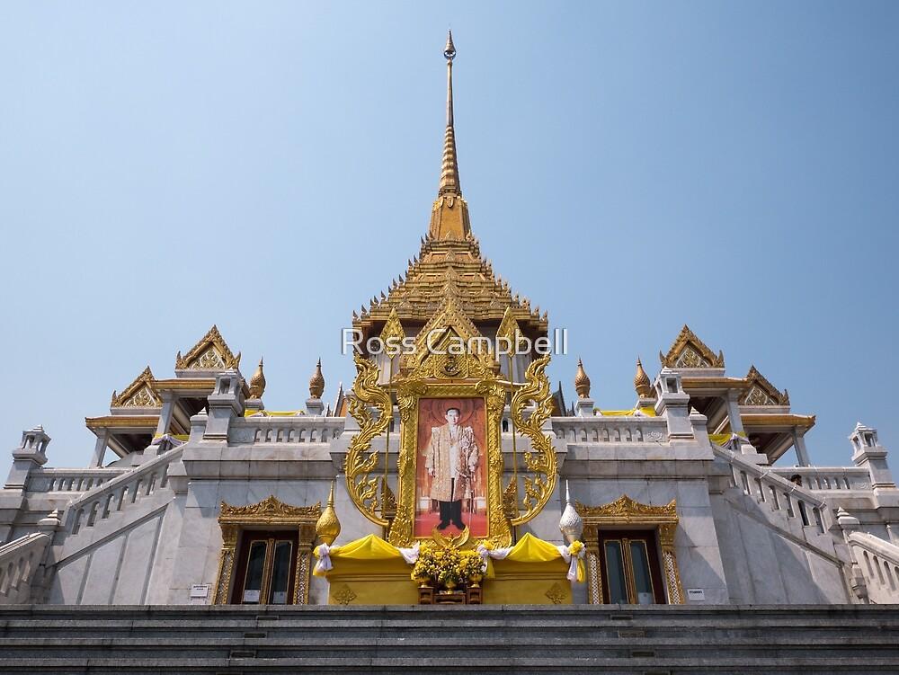 Golden Buddha Temple, Wat Trai Mit, Bangkok, Thailand by Ross Campbell