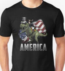 Abe reitet einen Dinosaurier! Slim Fit T-Shirt