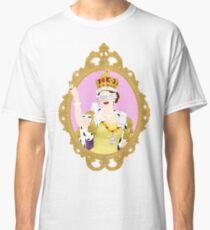 """""""Queens Only"""" - Queen Elizabeth II Classic T-Shirt"""