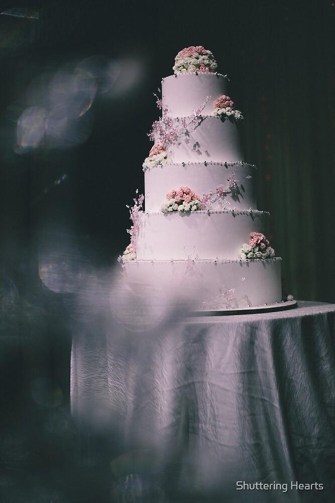 Wedding cake by Shuttering Hearts