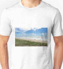 Beautiful sunny Aussie beach. T-Shirt
