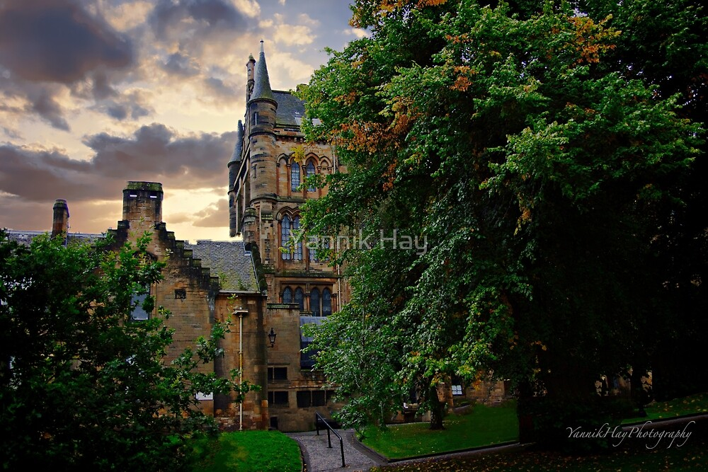 University of Glasgow, Scotland by Yannik Hay