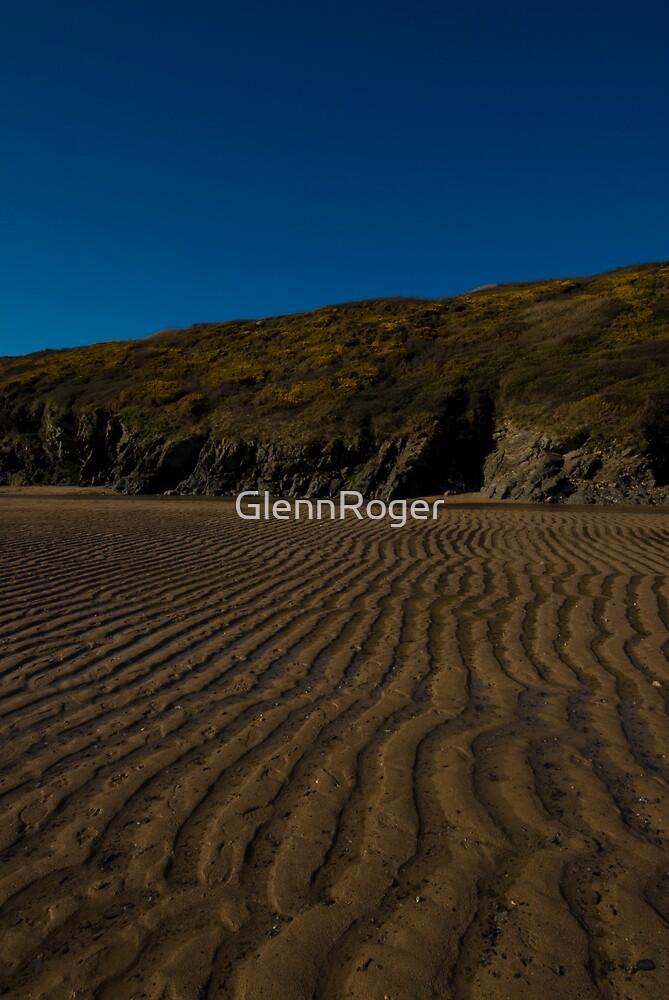 Low Tide by GlennRoger