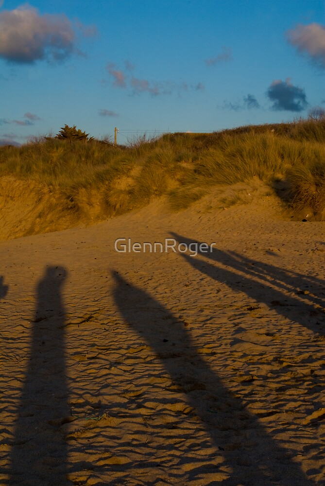 The Watchers by GlennRoger