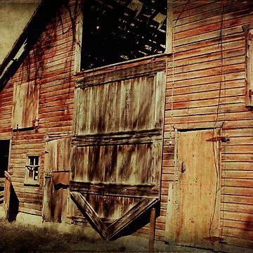 Becky's Barn by BarnArtandMore