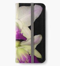 Cattleya walkeriana semi alba iPhone Wallet