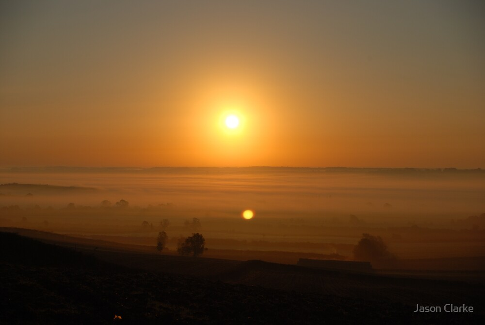 Welland Valley at dawn by Jason Clarke