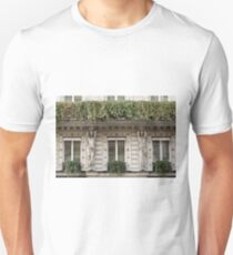 Parisian Building Facades - 7 © T-Shirt
