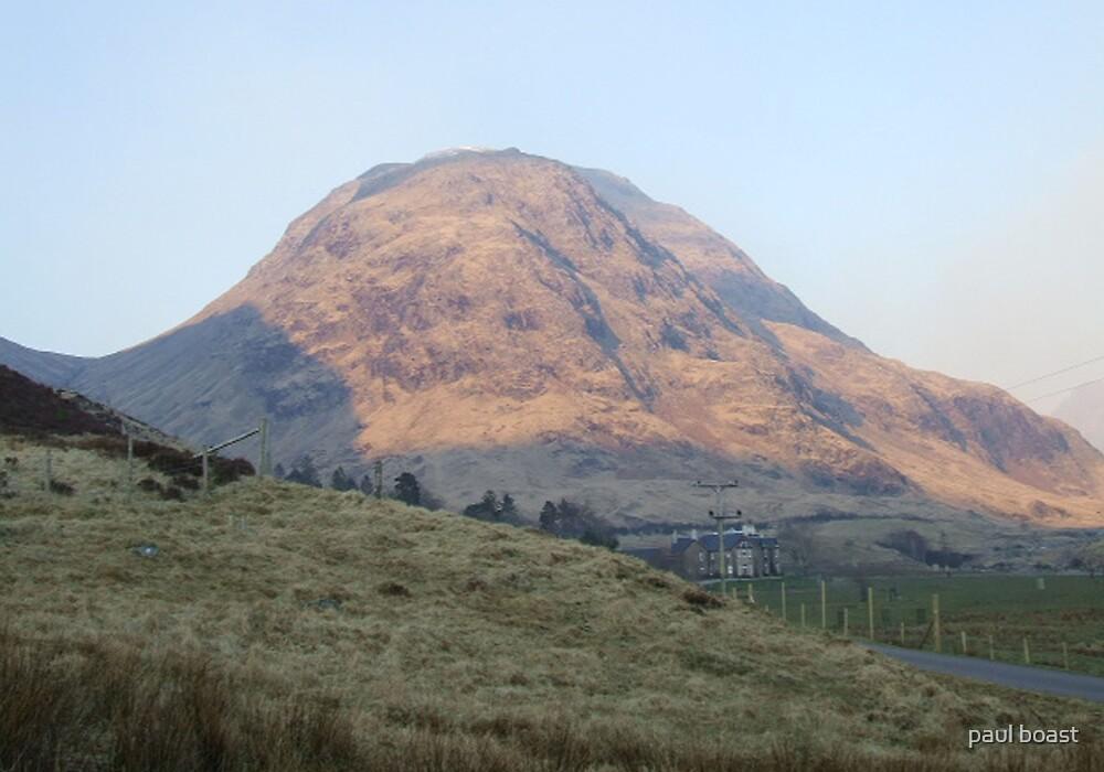Mountain Light, Glen Etive by paul boast