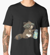Funny little raccoon collects crickets Men's Premium T-Shirt