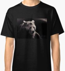 bear, portrait black and white Classic T-Shirt