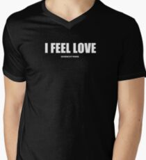 I FEEL LOVE Men's V-Neck T-Shirt