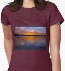 Sunset. Port Hacking Women's Fitted T-Shirt
