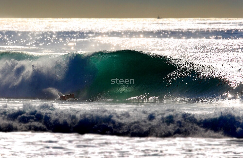 simon farrer.kneeboard surfing by steen