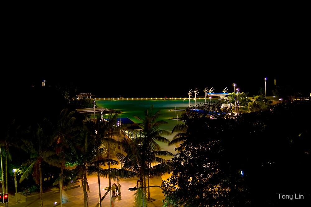 Cairns Lagoon at night by Tony Lin