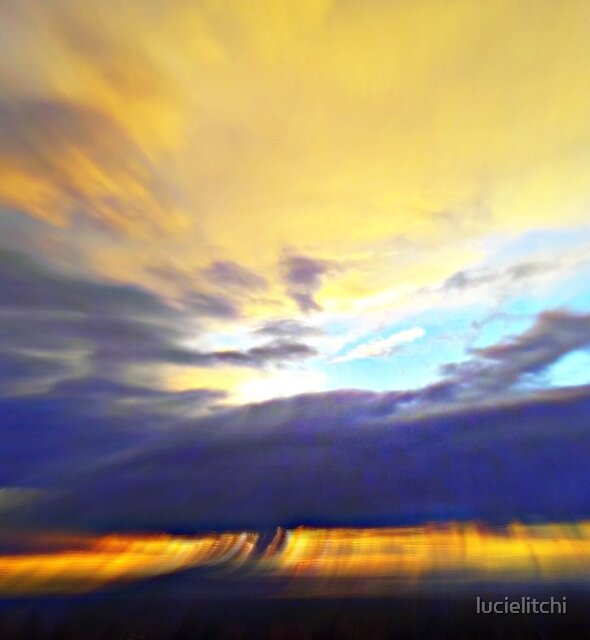 Movement of light and clouds by lucielitchi