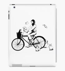 Julio Cortazar en bicicleta - JC by bike iPad Case/Skin
