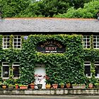 A Real Country Pub by Lee  Gill