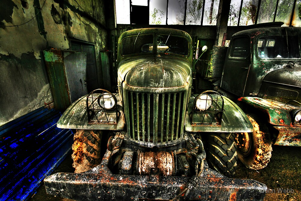 Dissused Russian Zil truck by john0