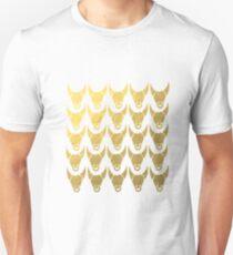 GOLD BULL HEADS ILLUSTRATION PATTERN - SUMMER 2017 Unisex T-Shirt
