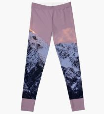 Snow Covered Mountains of Nelson Lakes Leggings